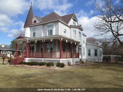 Oconto County Single Family Home Active-No Offer: 427 Main