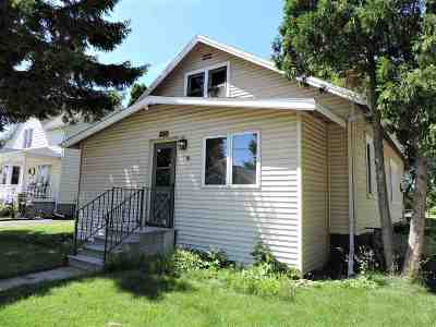 Neenah Single Family Home Active-Offer No Bump-Show: 220 Hewitt