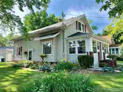 Appleton Single Family Home Active-No Offer: 203 N Mason