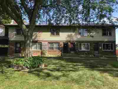 Shawano Condo/Townhouse Active-No Offer: W5333 W Sandy #2