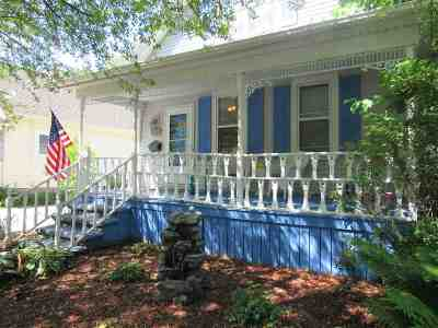 Green Bay Single Family Home Active-No Offer: 1231 Lawe