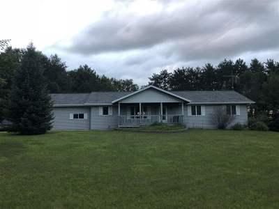 Waupaca Single Family Home Active-Offer No Bump: E716 Tomahawk