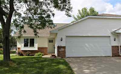 Appleton Condo/Townhouse Active-No Offer: 2942 Big Bend #2