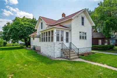Oshkosh Single Family Home Active-No Offer: 631 W 9th