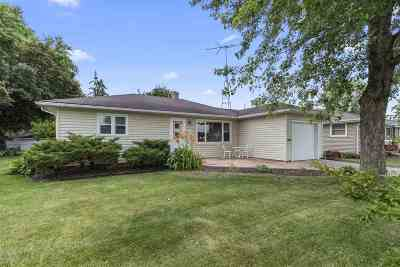 Neenah Single Family Home Active-Offer No Bump: 124 Andrew