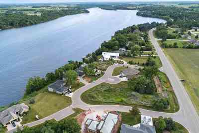 De Pere Residential Lots & Land Active-No Offer: 839 Rivers Run