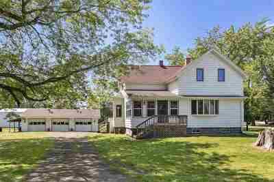 Oconto Single Family Home Active-Offer No Bump: 4153 Pensaukee Bay Shore