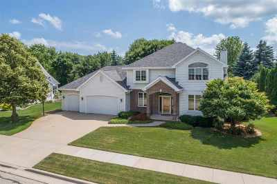 Neenah Single Family Home Active-Offer No Bump: 689 Yorkshire