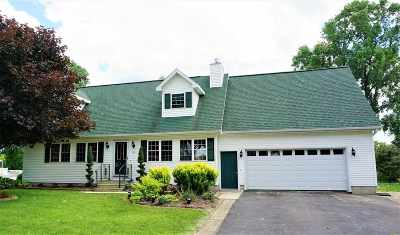 Oconto Single Family Home Active-No Offer: 105 Merrill