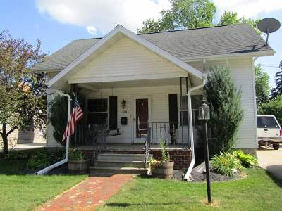 Little Chute Single Family Home Active-Offer No Bump: 519 E Lincoln