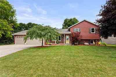 Appleton Single Family Home Active-Offer No Bump: 2136 W Roselawn