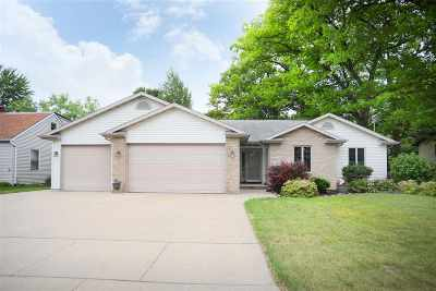 Kaukauna Single Family Home Active-No Offer: 1004 Hillcrest