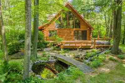 Oconto County Single Family Home Active-No Offer: 7033 Lone Oak
