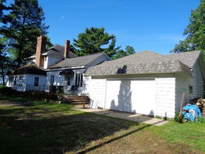 Oconto County Single Family Home Active-No Offer: 710 W Main