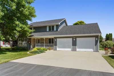 Appleton Single Family Home Active-No Offer: N9636 Gina