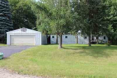 Oconto Falls Single Family Home Active-No Offer: 5660 Hazelnut