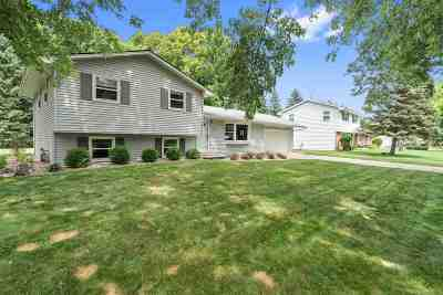 Green Bay Single Family Home Active-Offer No Bump: 1550 Sherwood
