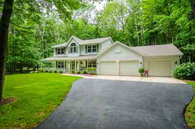 Howard, Suamico Single Family Home Active-No Offer: 2365 Cathedral Forest