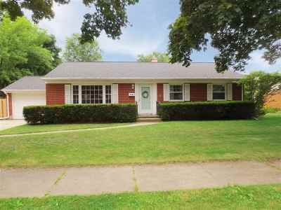 Green Bay Single Family Home Active-Offer No Bump: 1491 Rockdale