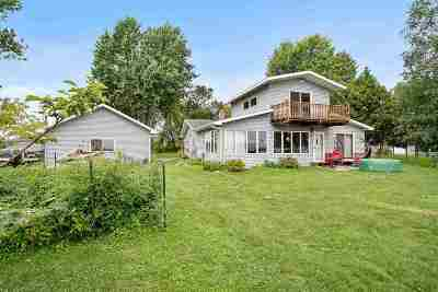 Oconto Single Family Home Active-No Offer: 7384 Laveau