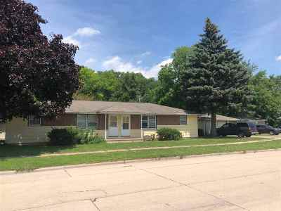 Appleton WI Multi Family Home Active-Offer No Bump: $149,000