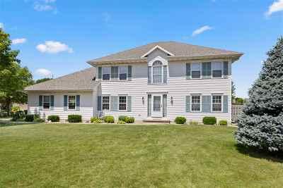 Appleton Single Family Home Active-No Offer: 1508 E Bedford