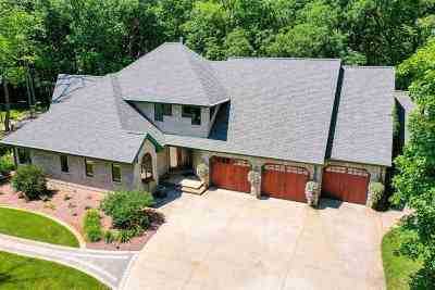 Oshkosh Single Family Home Active-No Offer: 4705 Indian Bend