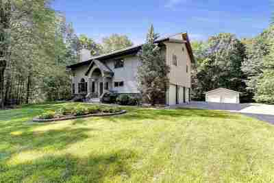 Oconto County Single Family Home Active-Offer No Bump: 6680 Wintergreen