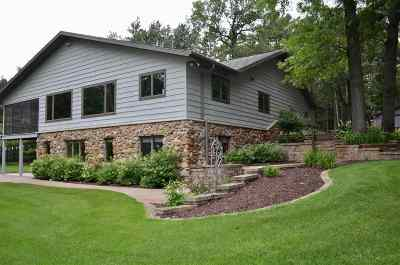 Shawano Single Family Home Active-No Offer: W7050 Curt Black