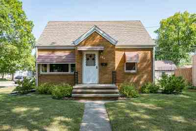 Kimberly WI Single Family Home Active-Offer No Bump: $139,900