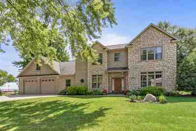 Neenah Single Family Home Active-Offer No Bump-Show: 496 Plummers Harbor