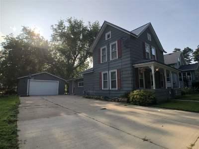 Shawano Single Family Home Active-No Offer: 415 S Bartlett