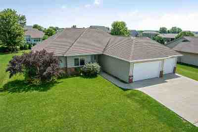 Appleton Single Family Home Active-Offer No Bump: N9146 Hedgerow