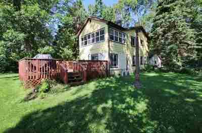 Oconto County Single Family Home Active-Offer No Bump: 2190 Sampson