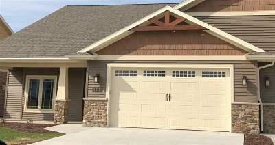Neenah Condo/Townhouse Active-No Offer: 1323 Prairie Lake