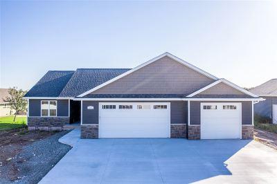 Neenah Single Family Home Active-No Offer: 1225 Lori