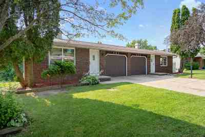 Green Bay Multi Family Home Active-Offer No Bump: 860 Edgewood
