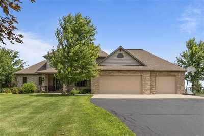 Shiocton Single Family Home Active-Offer No Bump: N4626 Kettner