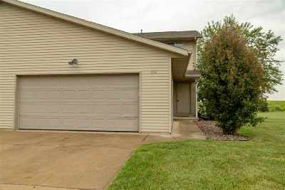 Oconto County Single Family Home Active-Offer No Bump: 914 Riverview