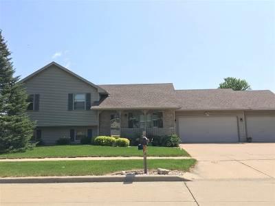 Oshkosh Single Family Home Active-No Offer: 1130 Timothy