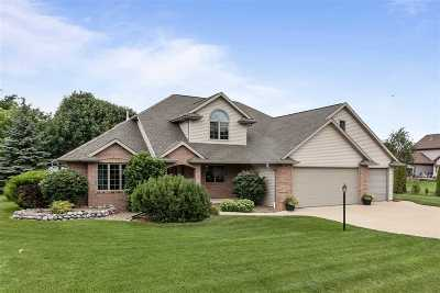 Menasha Single Family Home Active-Offer No Bump: W5822 Royaltroon