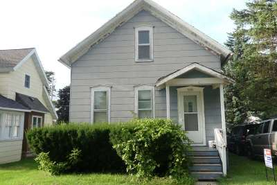 Kaukauna Single Family Home Active-No Offer: 406 6th
