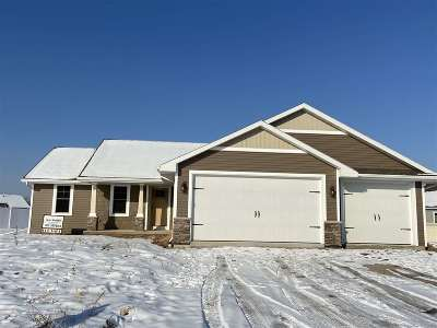 Appleton Single Family Home Active-No Offer: 4961 Silkwood
