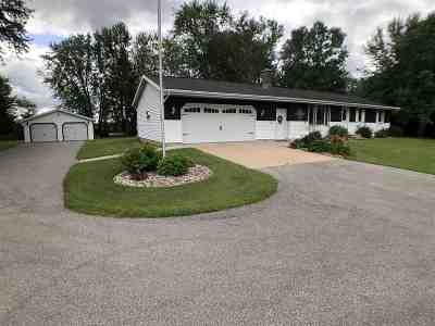 Shiocton Single Family Home Active-Offer No Bump: N6126 Hwy 187