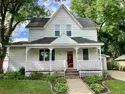 Seymour Single Family Home Active-Offer No Bump: 121 W Walnut