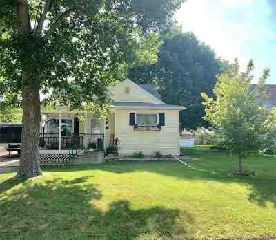Seymour Single Family Home Active-Offer No Bump: 324 Green
