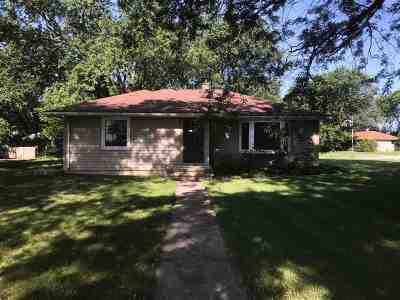 Kaukauna Single Family Home Active-Offer No Bump: 8088 Vanabel