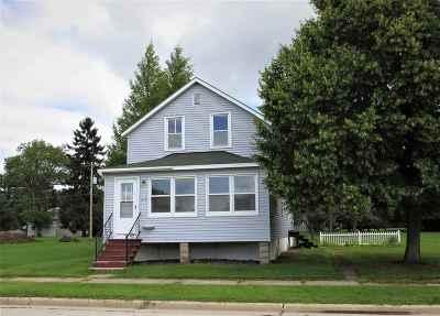 Oconto Single Family Home Active-Offer No Bump: 513 Jefferson