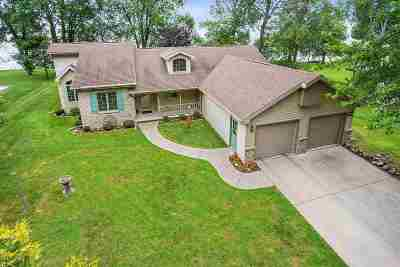 Menasha Single Family Home Active-Offer No Bump: W6941 Firelane 4