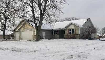 Sherwood Single Family Home Active-No Offer: W5262 Arbor Vitae